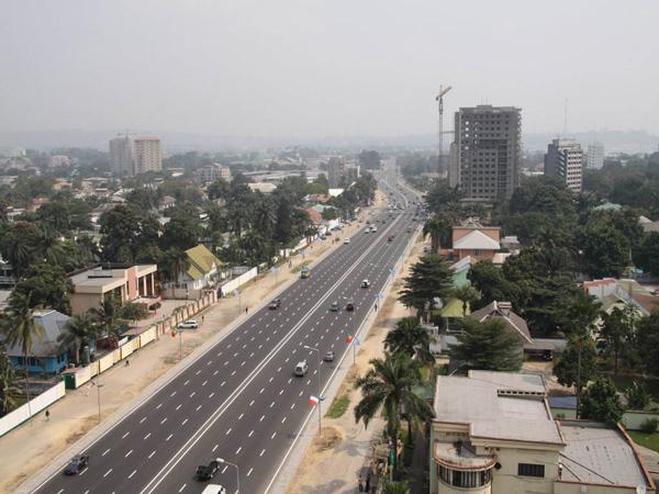 肯尼亚正在积极发展基础建设望早日构成运输网络
