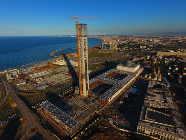 跨撒哈拉公路项由中国企业承建