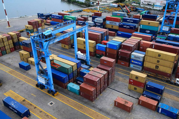 尼日利亚拉各斯港口常年拥堵造成巨大损失