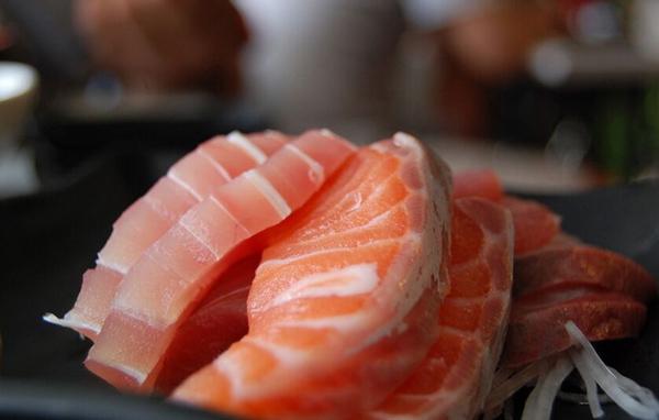 大量加工肉制品流入赞比亚市场导致其货币贬值