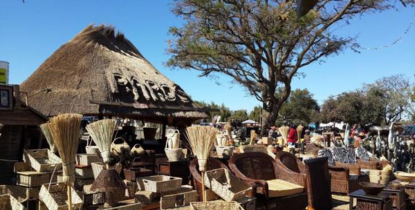 坦桑尼亚政府致力于保护本地商人及产品