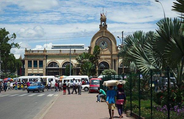 有报告指出,新冠疫情可能导致多数非洲国家破产
