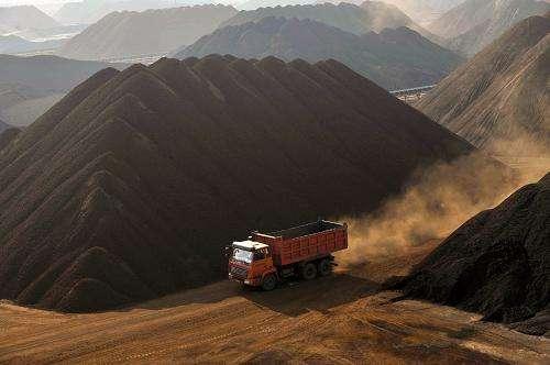 2020年第一季度我国进口铝土矿2841.44万吨